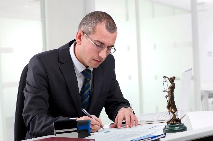 внесение изменений в учредительные документы некоммерческих организаций, опытный юрист